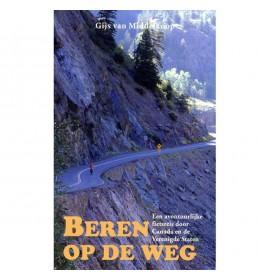 BEREN OP DE WEG van Gijs van Middelkoop